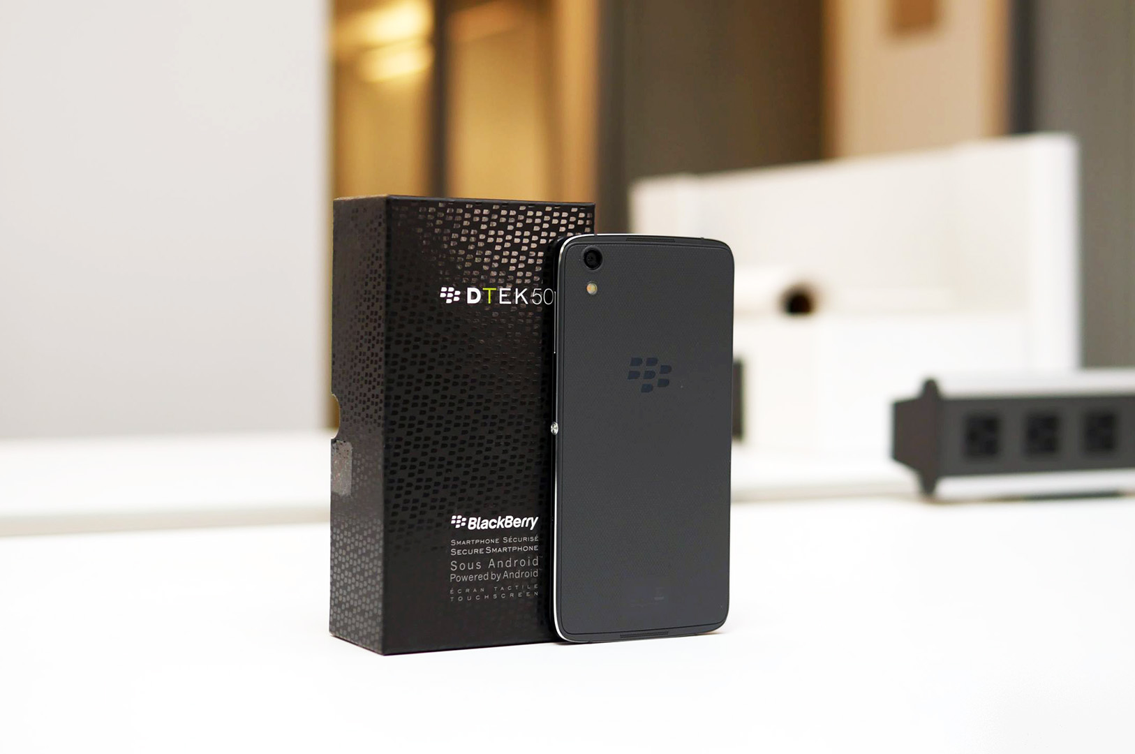 BlackBerry-DTEK50-hands-on-3